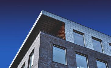 EPDM dakbedekking aanleggen over bitumen- zo werkt het